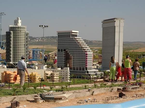 Гулливеры в Мини-Израиле